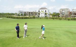 biet-thu-san-golf-west-lakes-nguon-loi-nhuan-lon-tu-cho-thue-ngan-han